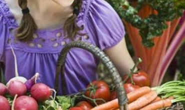 Kiểm soát sâu bọ cho vườn rau